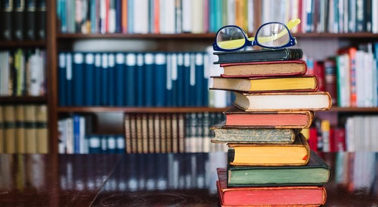 Professores: Bibliorias e Livrotecas